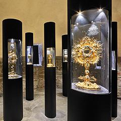 Olomouc - Liturgické poklady klenotnice Arcidiecézního muzea, Foto: Archiv Vydavatelství MCU s.r.o.