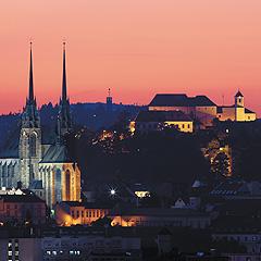 Historické dominanty Brna - katedrála sv. Petra a hrad Špilberk, Foto: Archiv Vydavatelství MCU s.r.o.
