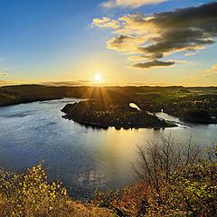 Vodní nádrž Slapy - pohled na Ždáň z vyhlídky nedaleko Nové Rabyně, Foto: Archiv Vydavatelství MCU s.r.o.